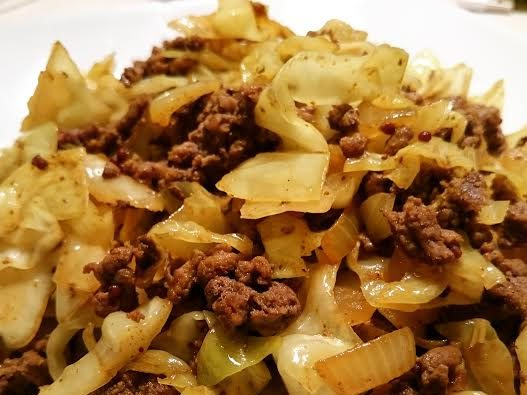 Read more about the article Curry Beef and Cabbage