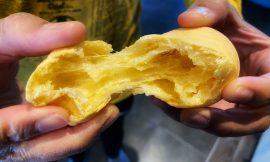 Super Cheesy Brazilian Cheese Bread (Pão De Queijo)