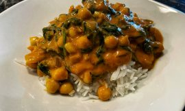 Quick Chickpea and Spinach Coconut Curry